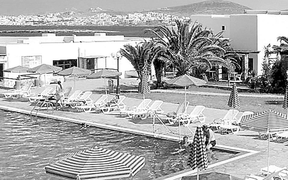 Ο ΕΟΤ επιδοτεί ανά άτομο ανά διανυκτέρευση με 14 ευρώ τα ξενοδοχεία, 12 ευρώ τα ενοικιαζόμενα δωμάτια, 6 ευρώ τις κατασκηνώσεις.