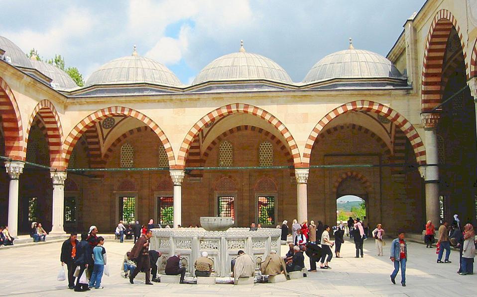Το Selimiye Cami είναι το αρχιτεκτονικό αριστούργημα του Σινάν και κατά πολλούς το ωριμότερο έργο του.