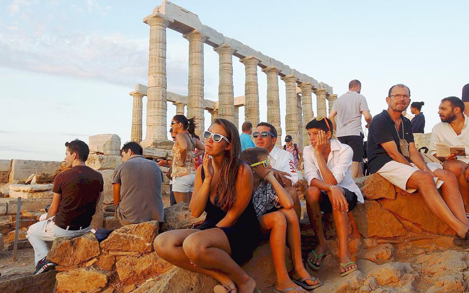 Το Σούνιο είναι από τα δημοφιλή αξιοθέατα της Αττικής. Φέτος, αναμένονται ακόμη περισσότεροι τουρίστες.