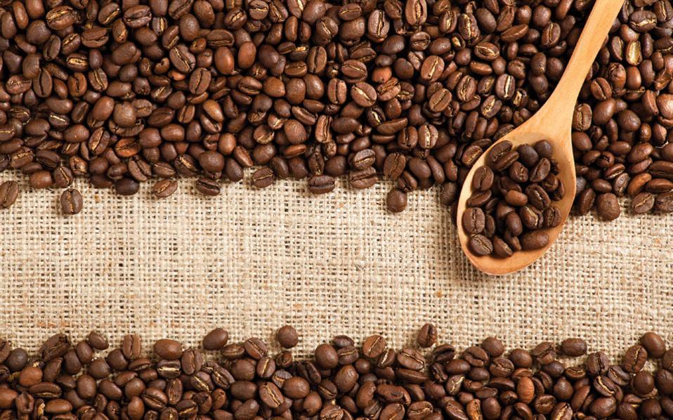 Кофе и лишний вес. Кофеин повышает ваш метаболизм и, одновременно, снижает