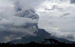 mount-sinabung-indonesia-volcano_73091_600x450