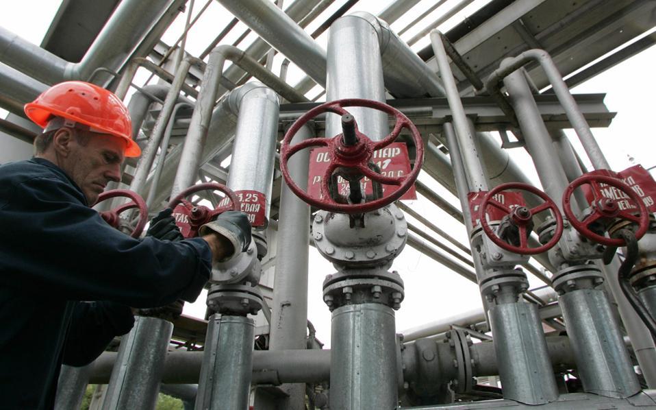 Οι πετρελαϊκές της Δύσης συνεχίζουν τη δραστηριότητά τους στη Ρωσία.
