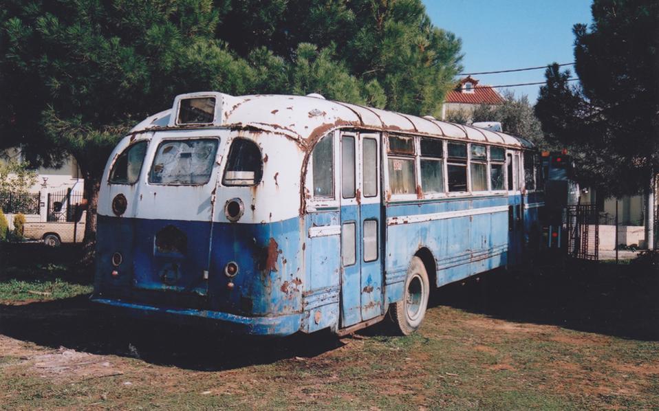 Πολλά από τα λεωφορεία σώθηκαν την τελευταία στιγμή πριν κοπούν για σκραπ, άλλα δωρίστηκαν και ορισμένα αγοράστηκαν.