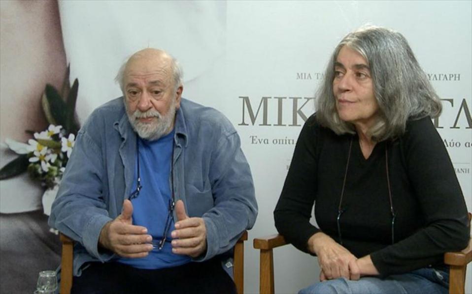 """Ο σκηνοθέτης της ταινίας """"ΜΙΚΡΑ ΑΓΓΛΙΑ"""", Παντελής Βούλγαρης και η Ιωάννα Καρυστιάνη, συγγραφέας του ομότιτλου βιβλίου και σεναριογράφος."""