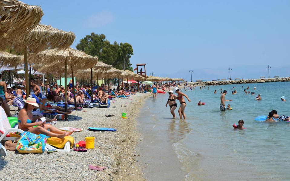 Η αμέλεια των λουομένων αποτελεί μια σημαντική αιτία για την αρνητική πρωτιά της Ελλάδας στους πνιγμούς.