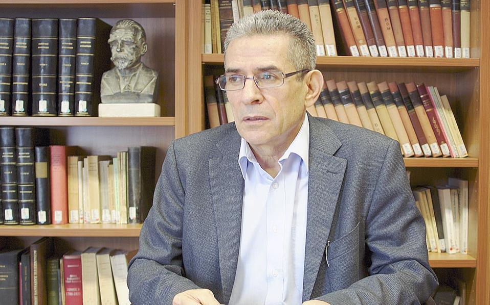 «Η Ελλάδα δεν θέλει να δεχθεί ότι το Κυπριακό είναι ένα πρόβλημα του Ελληνισμού και όχι αποκλειστικά και μόνο των Κυπρίων», δηλώνει ο Π. Βουτουρής.