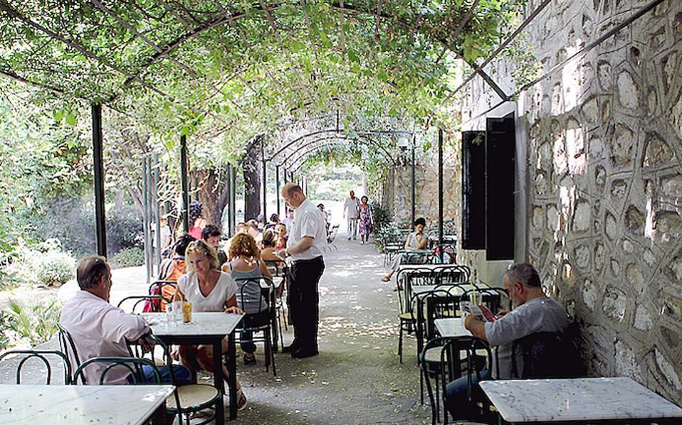 Αποτέλεσμα εικόνας για καφενειο εθνικου κηπου