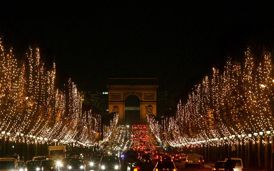 9bb22fe35c1 Γαλλία: Ανοικτά καταστήματα την Κυριακή | Κόσμος | Η ΚΑΘΗΜΕΡΙΝΗ
