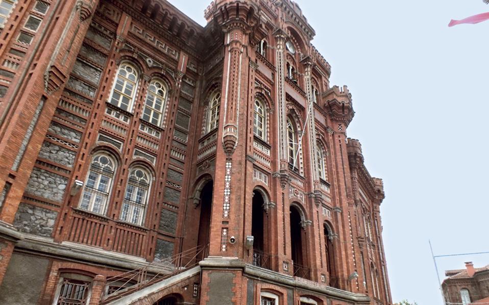 Αποτέλεσμα εικόνας για αρχιτεκτονικη μεγαλη του γενους σχολη