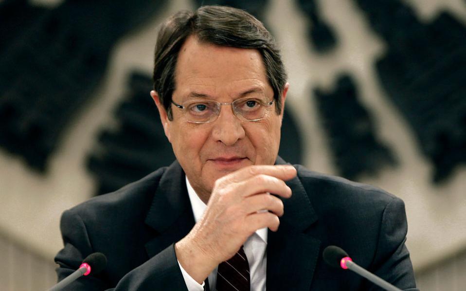 Ο πρόεδρος  της Κυπριακής Δημοκρατίας Ν. Αναστασιάδης παραμένει σε νοσοκομείο των Βρυξελλών με ρινορραγία.