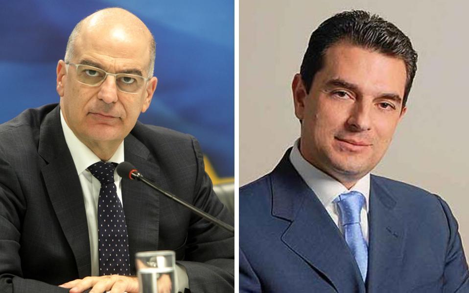 Ο σημερινός υπουργός Ανάπτυξης, Νίκος Δένδιας, αναλαμβάνει υπουργός Άμυνας, με απόφαση του πρωθυπουργού Αντώνη Σαμαρά. Στη θέση του υπουργού Ανάπτυξης, ο βουλευτής Τρικάλων, Κώστας Σκρέκας.