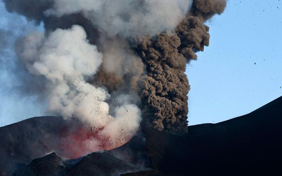 volcano-erup