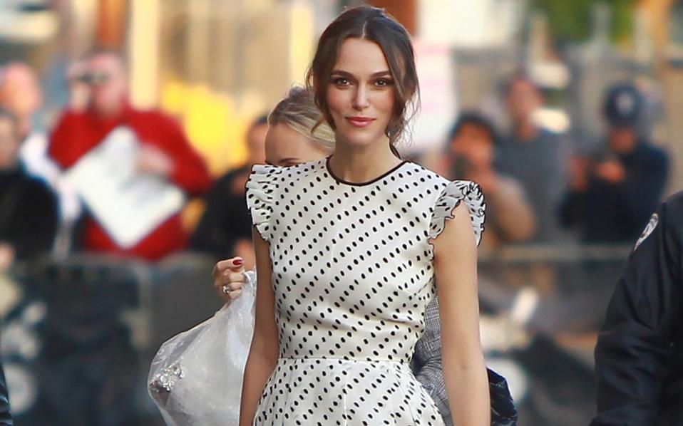 be1f249208e Fashion Tips: Πώς θα φορέσετε σωστά το πουά | Μόδα | Η ΚΑΘΗΜΕΡΙΝΗ