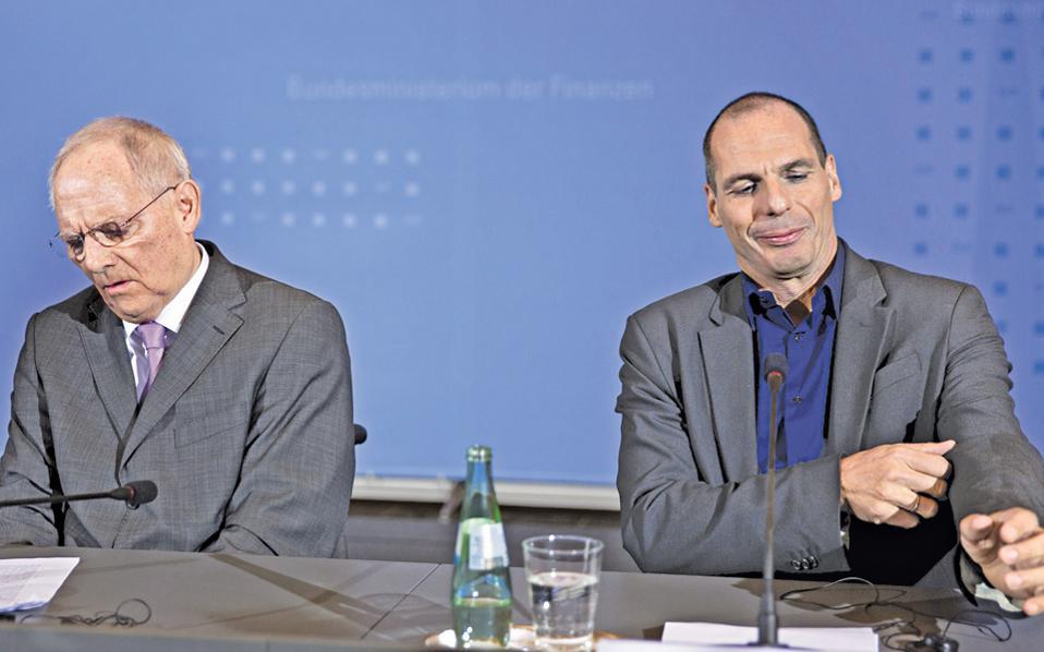 Βόλφγκανγκ Σόιμπλε και Γιάνης Βαρουφάκης. Ο αρχιερέας της πανευρωπαϊκής λιτότητας και ο θεωρητικός της όχι-και-τόσο «μετριοπαθούς πρότασης» για την ανατροπή της ήταν αναπόφευκτο να μην ενθουσιάσουν ο ένας τον άλλον.