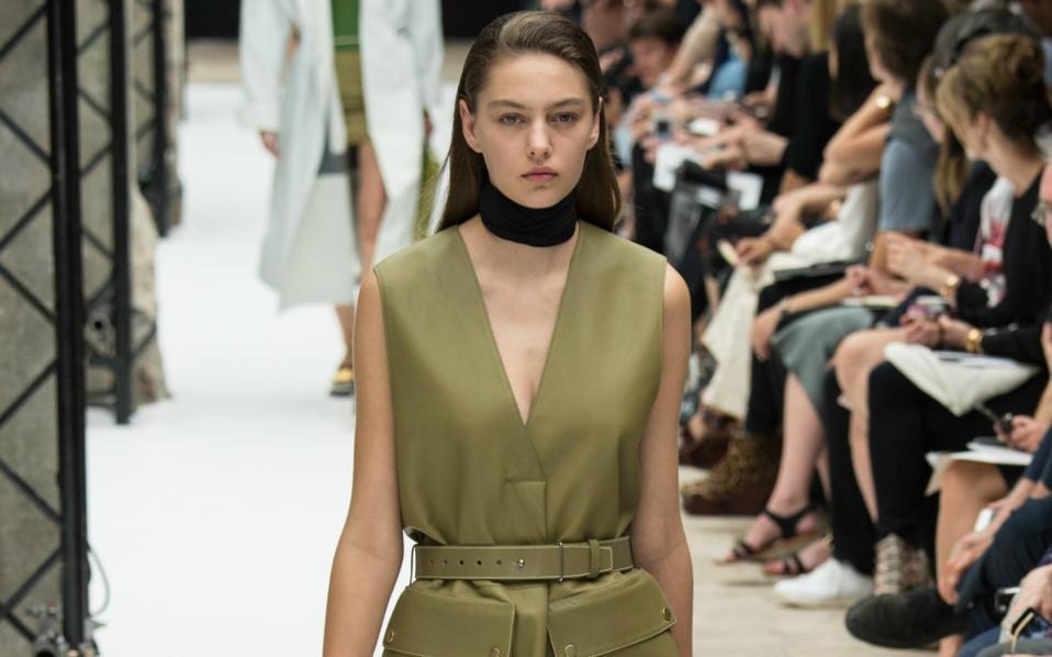 89f718f84822 Όλες οι τάσεις της μόδας για την Άνοιξη   Καλοκαίρι 2015