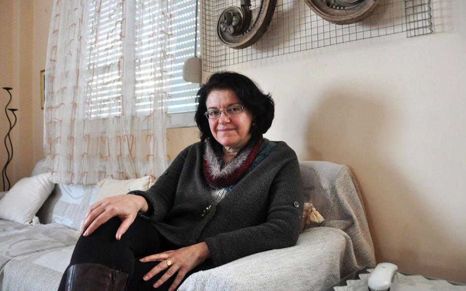 Η Αγγελική Γιαννάτου, ως φιλόλογος αρχικά και διευθύντρια έπειτα γυμνασίου στον Ασπρόπυργο, προσπάθησε να αντιμετωπίσει την ενδοσχολική βία.