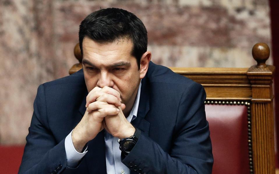 Ο πρωθυπουργός,  Αλ. Τσίπρας, θεωρεί πως η κυβέρνηση πρέπει να αποκτήσει ρυθμό, ώστε να υλοποιεί πολιτικές που θα μεταδίδουν την εικόνα «αλλαγής» χωρίς να θεωρούνται μονομερείς ενέργειες, και να πάψει να εκπέμπει αντιφατικά μηνύματα, που επιβαρύνουν το κλίμα στο εξωτερικό.
