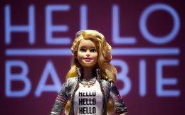 Το φθινόπωρο η Mattel θα παρουσιάσει τη «Hello Barbie», μία εκδοχή της διάσημης κούκλας η οποία θα διαθέτει Wi-Fi και θαχρησιμοποιεί το σύστημα της ToyTalk για να αναλύει τα λόγια των παιδιώνκαι να αντιδρά ανάλογα. Πριν από μερικές εβδομάδες, η εκστρατεία για Παιδική Ζωή χωρίς Εμπορευματοποίηση, μια οργάνωση με έδρα τη Βοστώνη, ζήτησε από την εταιρεία να μην κυκλοφορήσει την ομιλούσα κούκλα.