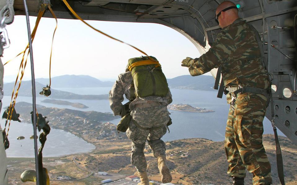 Κοινή εκπαιδευτική αεροπορική άσκηση Ελλάδας - ΗΠΑ | Ελλάδα | Η ...