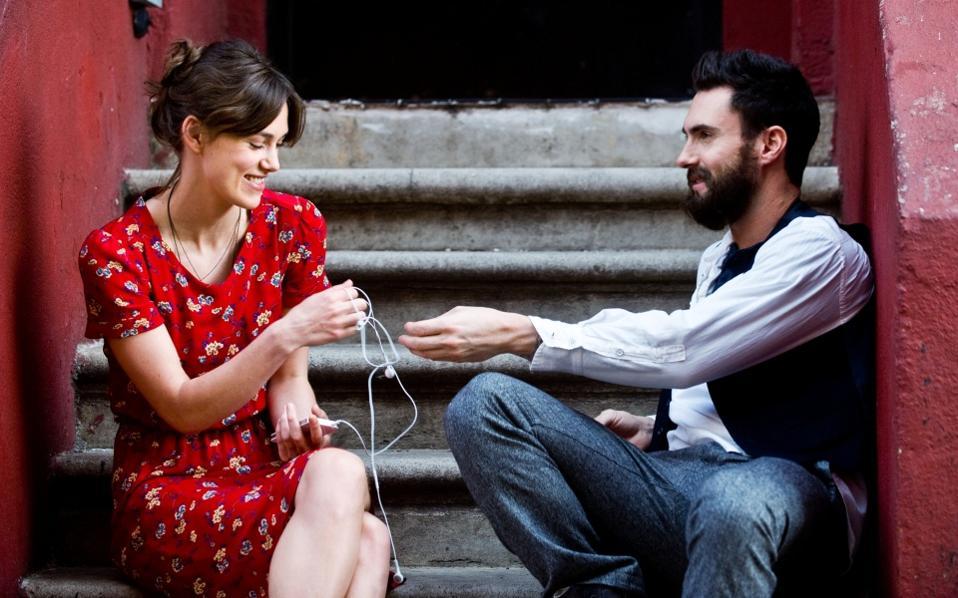διαδικτυακή επικοινωνία γνωριμιών online ραντεβού Eau Claire Wi