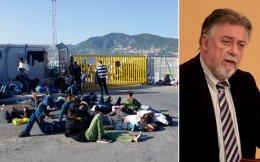 Για συμμετοχή στο κύκλωμα είχαν συλληφθεί, τον Ιανουάριο του 2013, 14 άτομα και είχαν προφυλακιστεί τα 13. «Πολιτική εκτροπή» χαρακτήρισε ο κ. Πανούσης τις αναφορές εμπλεκομένων στο πρόσωπό του.