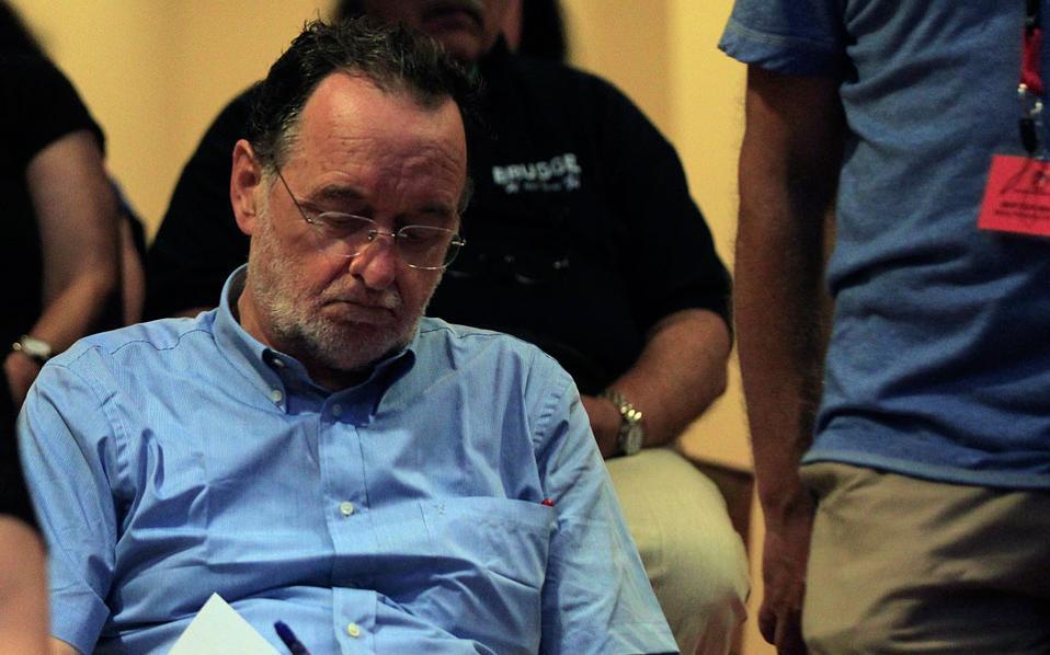 Ο επικεφαλής της εσωκομματικής αντιπολίτευσης, κ. Παναγιώτης Λαφαζάνης, υπερασπίστηκε την εναλλακτική εξόδου από το ευρώ, λέγοντας ότι δεν αποτελεί καταστροφή.