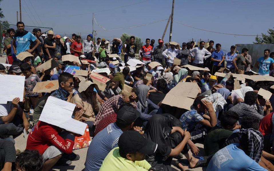 Αποτέλεσμα εικόνας για λαθρομεταναστες στην ελλαδα