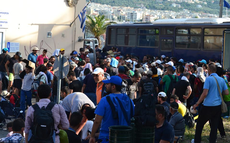 Τα προβλήματα σίτισης των μεταναστών θα λυθούν με τη σύσταση της υπηρεσίας (επικυρώθηκε χθες από τη Βουλή), η οποία είναι αρμόδια για την εκταμίευση των απαραίτητων κοινοτικών κονδυλίων.