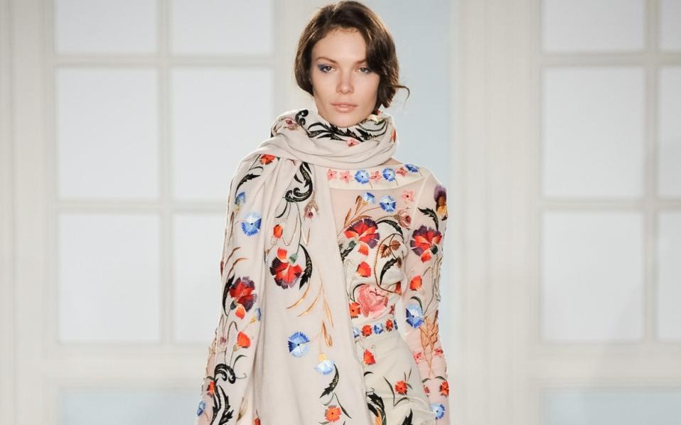 406d0e7a276 15 κομψά φθινοπωρινά φορέματα. Ειρήνη Σιδέρη. ×.  temperley_london_waw1415_132