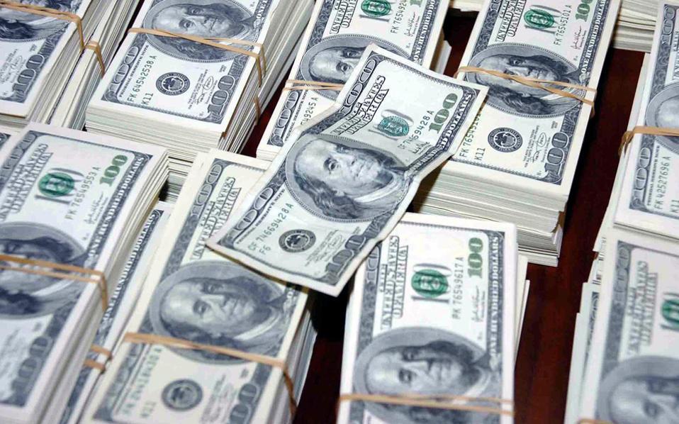 4.11.15-H υπόγεια μάχη για τον έλεγχο του χρηματοπιστωτικού συστήματος ανα την υφήλιο