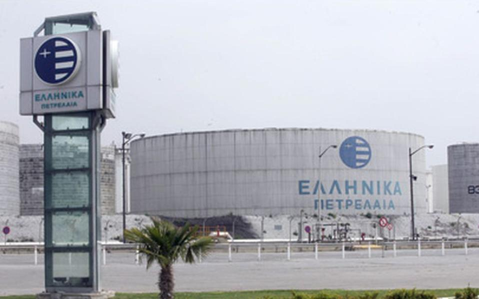 Το ιρανικό ενδιαφέρον για τα ΕΛΠΕ επισημοποιήθηκε με τις δηλώσεις του αναπληρωτή υπουργού Πετρελαίου της χώρας Αμίρ Χοσεΐν Ζαμανίνια, αμέσως μετά την επίσκεψή του στην Αθήνα και το κλείσιμο της συμφωνίας - πλαισίου μεταξύ ΕΛΠΕ και ΝIOC.