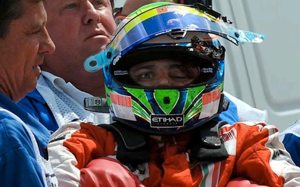 Το 2009 ο χώρος του μηχανοκίνητου αθλητισμού είχε σοκαριστεί από το σοβαρό ατύχημα του Φελίπε Μάσα, όταν ελατήριο από προπορευόμενο μονοθέσιο, καρφώθηκε στο κράνος και το κεφάλι του.