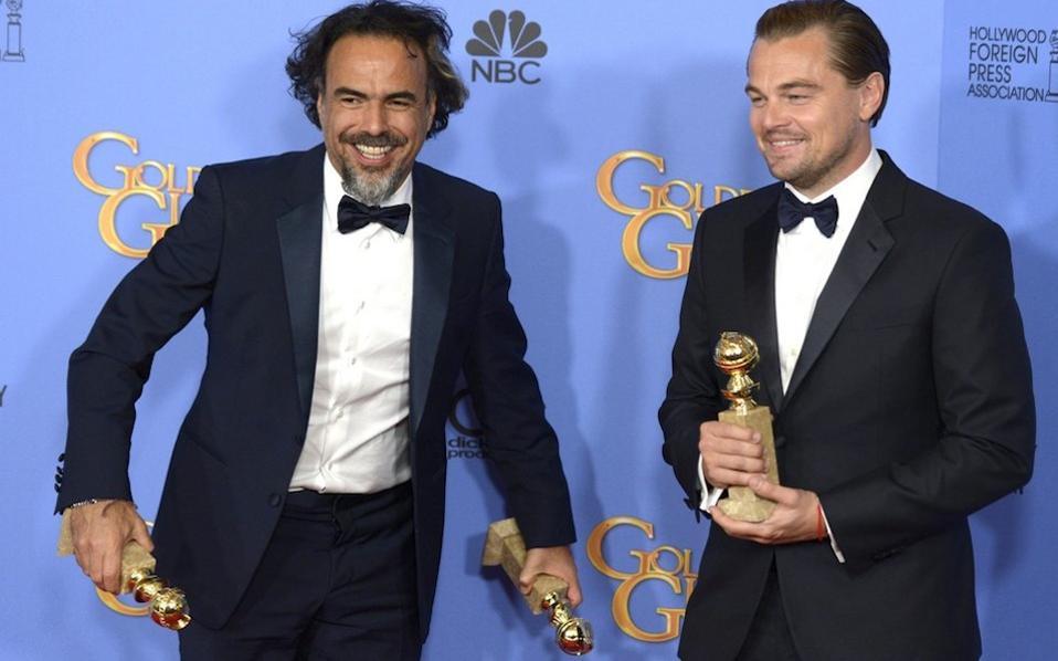 Ο Αλεχάντρο Γκονζάλες Ιναρίτου και ο Λεοντάρντο Ντι Κάπριο με τις Χρυσές Σφαίρες τους.