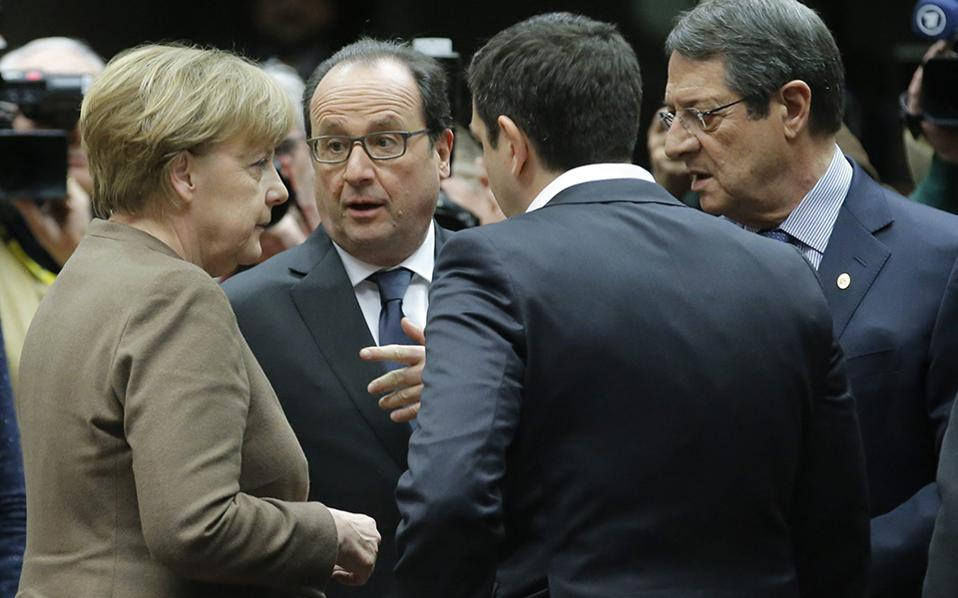 O πρωθυπουργός, Αλ. Τσίπρας θα έχει σήμερα συνάντηση με τη Γερμανίδα καγκελάριο, Αγκελα Μέρκελ και τον Γάλλο πρόεδρο, Φρανσουά Ολάντ, με αντικείμενο το προσφυγικό, αλλά στη διάρκεια της οποίας θα τεθεί επί τάπητος και η διαπραγμάτευση για την πρώτη αξιολόγηση.