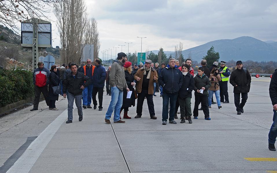 Αγρότες της Λακωνίας βρέθηκαν το Σάββατο στα γραφεία του ΣΥΡΙΖΑ στη Σπάρτη.