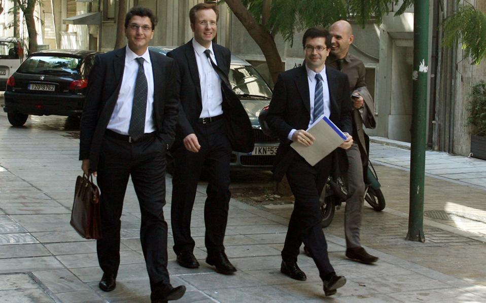 Οι ευρωπαϊκοί θεσμοί είναι κοντά σε ένα πακέτο που θα είναι αποδεκτό από την ελληνική κυβέρνηση, σύμφωνα με εκτιμήσεις από το Παρίσι.