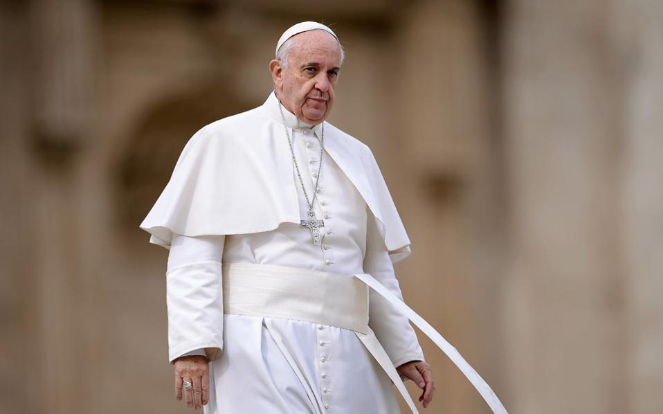 Σήμερα το πρωί θα καταφθάσει στη Λέσβο ο Πάπας Φραγκίσκος.