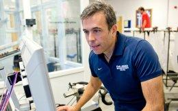 Ο κ. Πιτσιλαδής προσπαθεί να αναπτύξει ένα νέο τεστ ανίχνευσης της ερυθροποιητίνης μέσα από τις μεταβολές που επιφέρει στο γενετικό υλικό και συγκεκριμένα στο RNA.