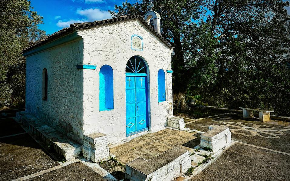 Ξωκλήσι στο χωριό Λέκκα της Σάμου. Φωτογραφία: Νίκος Χατζηιακώβου.