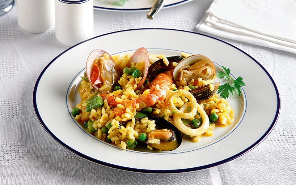 5bec55e11ef Παέγια θαλασσινών | Συνταγές | Η ΚΑΘΗΜΕΡΙΝΗ