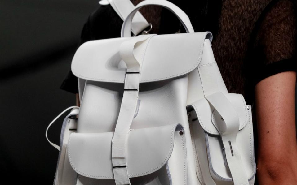 Backpacks  Μοντέρνες τσάντες για κάθε περίσταση  ecb4cb1db89