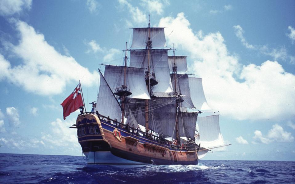 Το πιστό αυτό αντίγραφο του πλοίου με το οποίο ο πλοίαρχος Τζέιμς Κουκ περιέπλευσε τον πλανήτη κατασκευάστηκε στην Αυστραλία και λειτουργεί σήμερα ως πλωτό μουσείο.