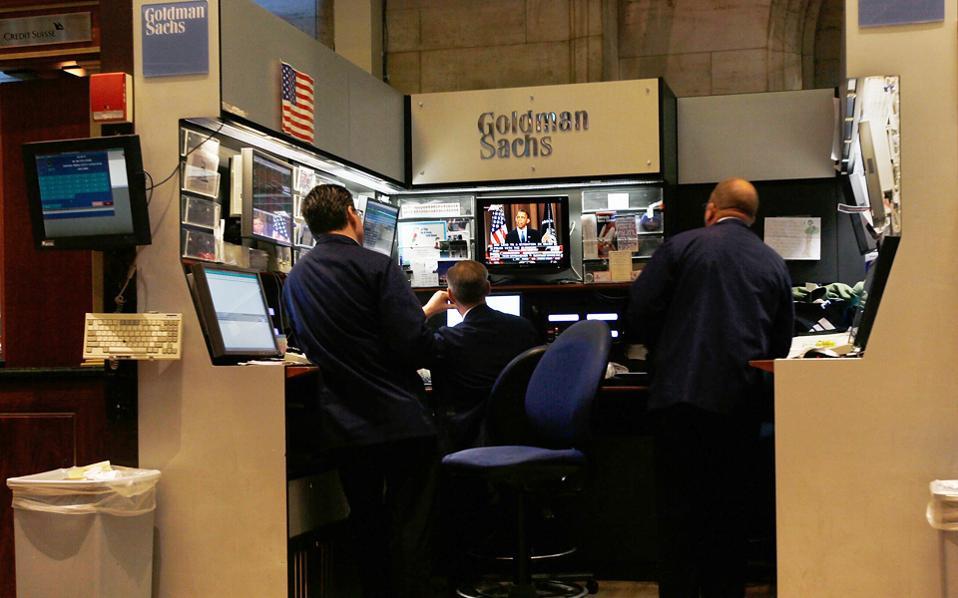 Οι δημοπρασίες 100ετών κρατικών ομολόγων από την Ιρλανδία και το Βέλγιο το τελευταίο δίμηνο πραγματοποιήθηκαν με ιδιωτική τοποθέτηση, όπου τον ρόλο αναδόχου ανέλαβαν και στις δύο περιπτώσεις οι Goldman Sachs και Nomura.