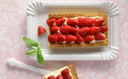 65140425_06197_tarta-me-fraoules