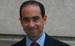 Ιαν Λέσερ: Σε ένα δύσκολο περιβάλλον, ο Ταγίπ Ερντογάν ίσως να επιδιώξει να βελτιώσει τις σχέσεις με την Ελλάδα και το Ισραήλ.