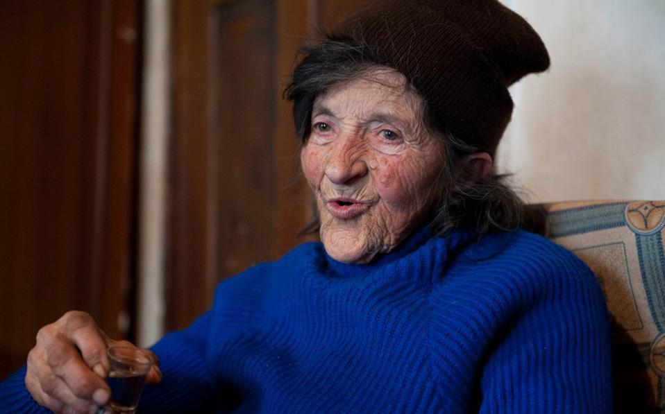 Η 80χρονη Στάνα Στέροβιτς δεν μετανιώνει που έζησε σαν άνδρας.