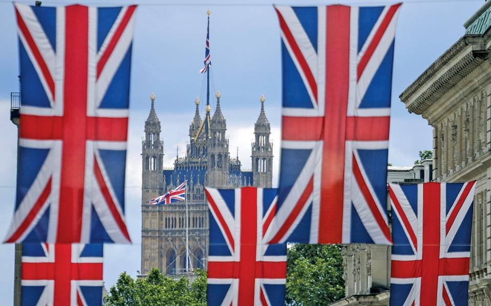 Μετά τους εορτασμούς της «ημέρας ανεξαρτησίας» οι ηγέτες της καμπάνιας υπέρ του Leave ήρθαν αντιμέτωποι με την πραγματικότητα.