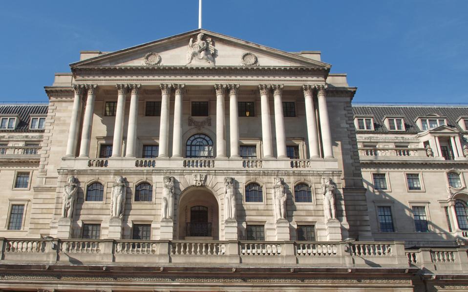 Επενδυτές εκτιμούν ότι η Τράπεζα της Αγγλίας θα μειώσει τα επιτόκια στη συνεδρίαση της 4ης Αυγούστου.