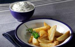65101216_9603_afieroma_krya-saltsa-fetas-gia-tiganites-patates