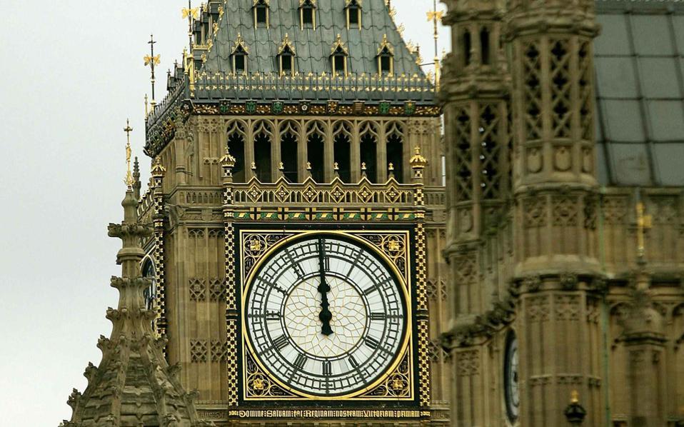 Οι τρεις ηγέτες πρόκειται να συναντηθούν τον Νοέμβριο στη Γαλλία, ενώ η απόφαση της Βρετανίας να αποχωρήσει συνιστά το μείζον θέμα.